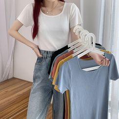 Moon City - 冰絲針織短袖T恤