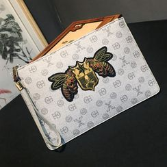 BagBuzz - Embroidered Clutch