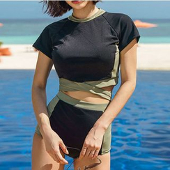 CUCURBIT - Set: Short-Sleeve Crop Rash Guard + Swim Bottom