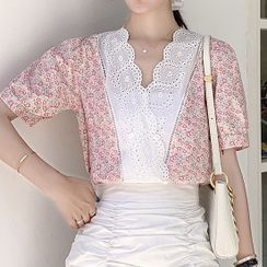 Akari - 短袖花朵印花通花蕾絲襯衫