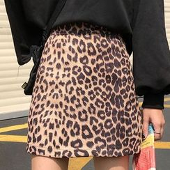 Fabricino - Leopard Print Mini A-Line Skirt