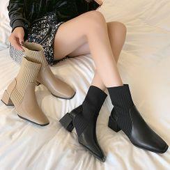 Yuki Yoru - Block Heel Paneled Short Sock boots