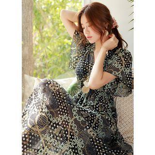 Styleonme - Beribboned Scarf-Print Maxi Chiffon Dress