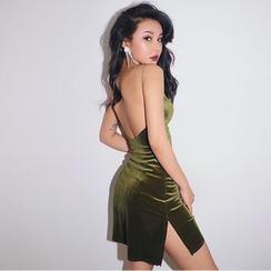 Colada - Open-Back Velvet Sleeveless Mini Dress