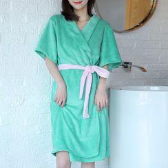 Soldana - Coral Fleece Bath Robe