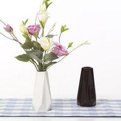 Gukan - Ceramic Vase