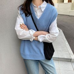 Piwonia - V-Neck Knit Vest