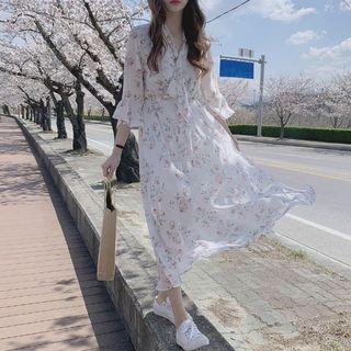 Yunhouse - Floral 3/4-Sleeve Midi Chiffon Dress