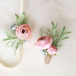 Vivian Design - Wedding Corsage / Boutonniere