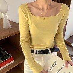 FROMBEGINNING - Square-Neck Pastel T-Shirt