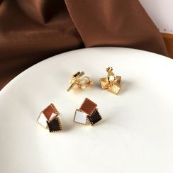Yambo - Square Stud Earring / Clip-On Earring