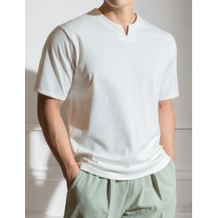 STYLEMAN - Slit-Neckline Colored T-Shirt