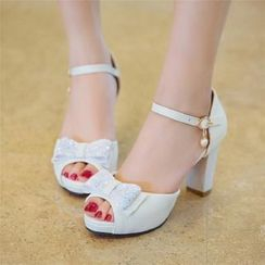 Udin - 踝帶粗跟涼鞋