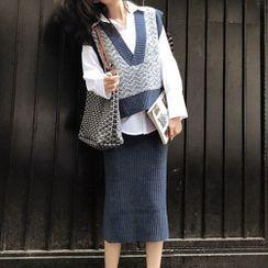 HOPP - Set: V-Neck Patterned Knit Vest + Plain Shirt + Midi Ribbed Knit Skirt