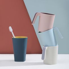 Shaktipat - Plastic Toothbrush Cup