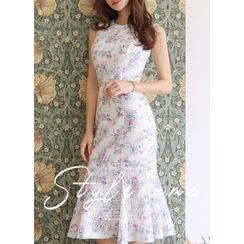Styleonme - Sleeveless Floral Lace Long Mermaid Dress