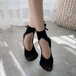 FlorSwallow - Ballet Socks with Ankle Tie
