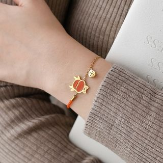 MOMENT OF LOVE - Ox Stainless Steel Red String Bracelet
