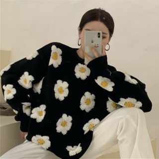 PINPI - Floral Embroidered Sweater
