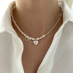 IPPUDE - Heart Rhinestone Pendant Faux Pearl Choker