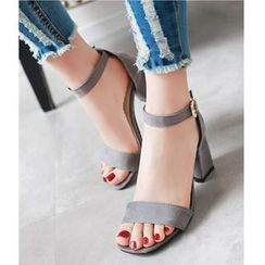 Freesia - 踝带粗跟凉鞋