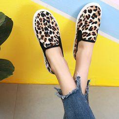 Sunsteps - 豹纹印花帆布轻便鞋