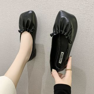 Novice(ノバイス) - Square-Toe Flats