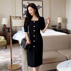 Styleberry - Flower Buttoned Puff-Sleeve Dress