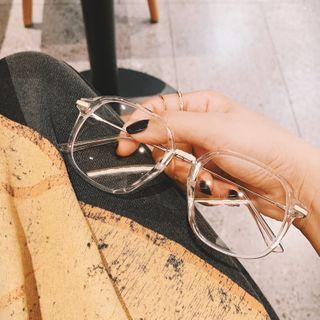 MOL Girl - Oversize Square Glasses