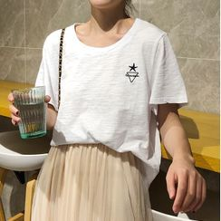 KAKAGA - Short-Sleeve Star Embroidered T-Shirt