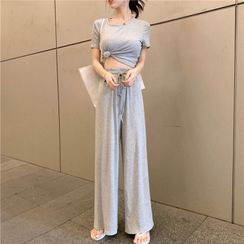 Carmenta - Set: Short-Sleeve Plain T-Shirt + Wide-Leg Sweatpants