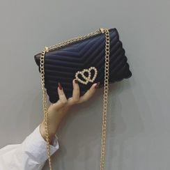 Mercillia - Chain Heart Buckle Flap Crossbody Bag