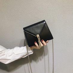 nitefini(ナイトフィニ) - Fringed Faux Leather Crossbody Bag