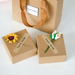 Heliotrope - Flower Gift Box with Paper Bag