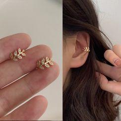 Kokyu - Rhinestone Leaf Ear Cuff
