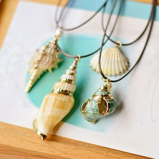 Nisen - Shell Necklace (Various Designs)