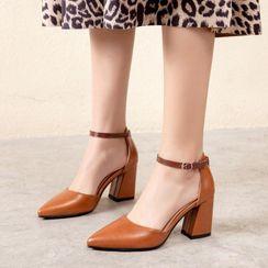 錦洋鞋業 - 粗跟尖頭涼鞋