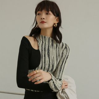 Cloudmarch - Striped Panel Cold-Shoulder Long-Sleeve Top