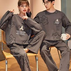Lion Sniff - Couple Loungewear Set : Long-Sleeve Bear Print Top + Pants
