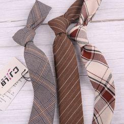 Little Town - 格子領帶
