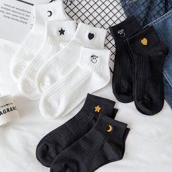 Mimiyu - Set of 4 Pairs: Embroidered Ankle Socks