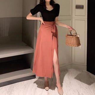 Apotheosis - 套裝:泡泡袖V領上衣 + 開衩A字裹式裙