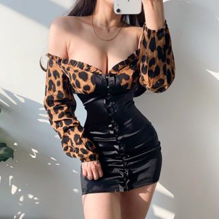 Ohnana - Off-Shoulder Leopard Print Mini Sheath Dress