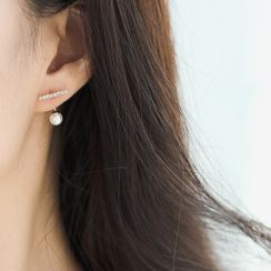 MOMENT OF LOVE(モーメントオブラブ) - Faux Pearl & Alloy Bar Earring