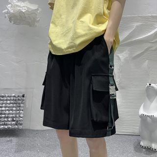 JUN.LEE - Strappy Oversized Cargo Shorts