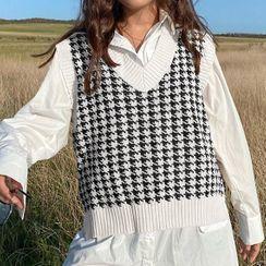 Sosana - Oversized Houndstooth Knit Vest