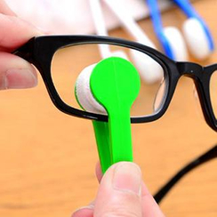 VANDO - Eyeglasses Tweezer Cleaner