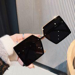 MOL Girl - Oversize Square Sunglasses