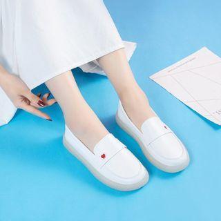 hunigala(フニガラ) - Heart Embroidered Slip-Ons