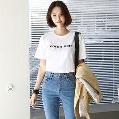 Seoul Fashion(ソウルファッション) - Short-Sleeve Letter T-Shirt